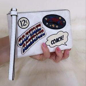 New💃Coach X Marvel Corner Zip Wristlet Patches